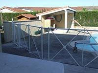 Barrières de piscine - remplissage verre avec croix de St André